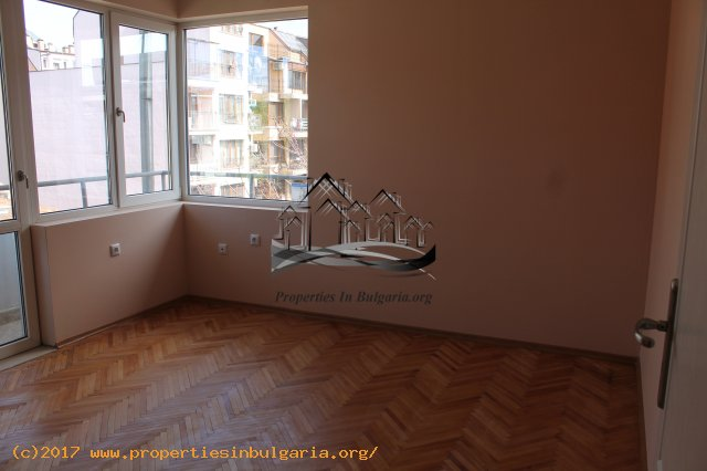 10025566 2 Bedroom aparment for sell in Varna top center 1914