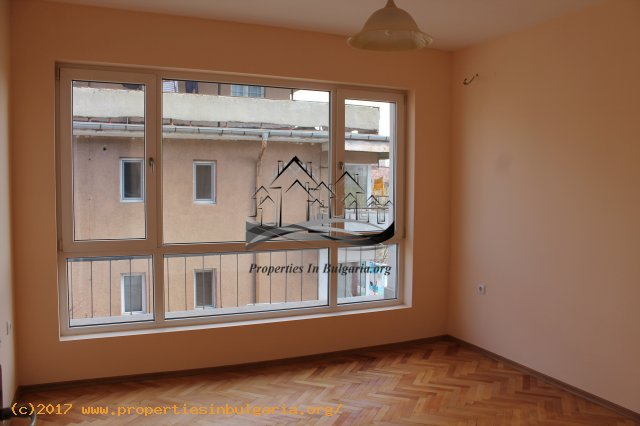 10025566 2 Bedroom aparment for sell in Varna top center 228